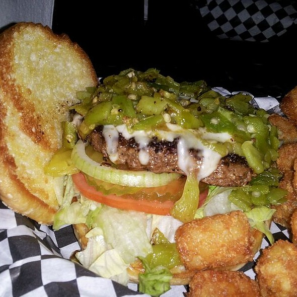 Green Chile Burger @ 3 B's Restaurant