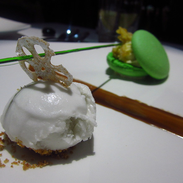 Lemongrass sorbet with Pistachio Macaron @ Inamo St James