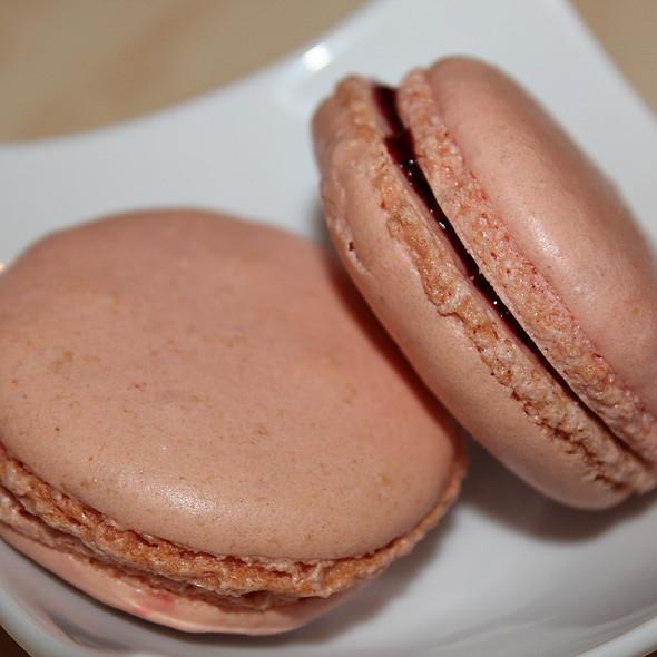 Macarons @ L'Auberge De La Feuillade
