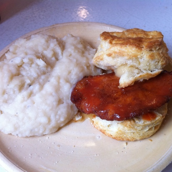 Fried Chicken and Biscuit @ Pies-N-Thighs