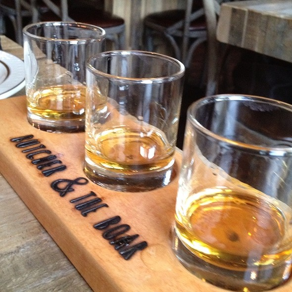Four Roses Flights @ Butcher & The Boar