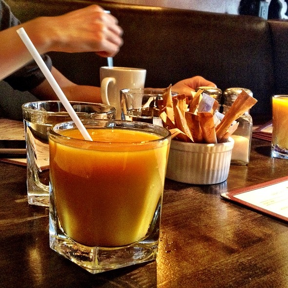 Fresh Squeezed Mango Juice @ Drake Hotel