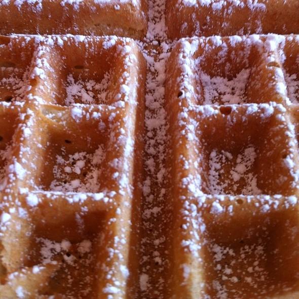 Belgian Waffle @ Alexis Diner