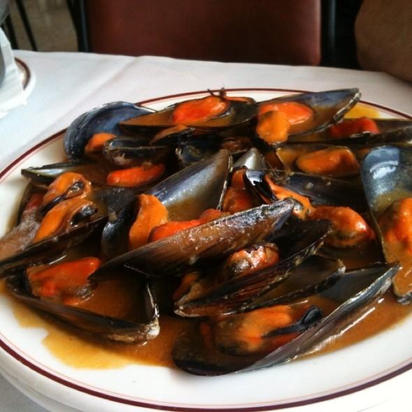 Mejillones a la Marinera @ Restaurante El Avión