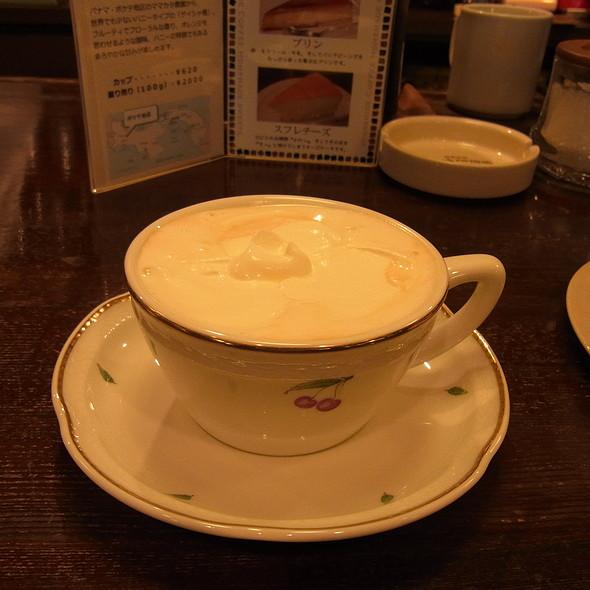 Espresso Con Panna @ 東出珈琲店