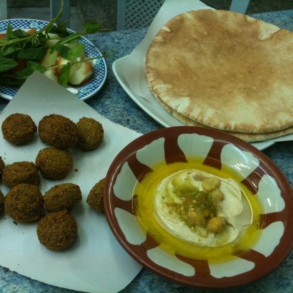 Falafel + Hummus + Pita @ Hashem Hashem