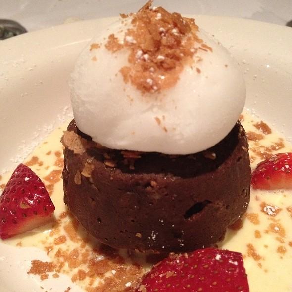 Pain Perdu Au Chocolat Et Bananes @ Fringale Restaurant