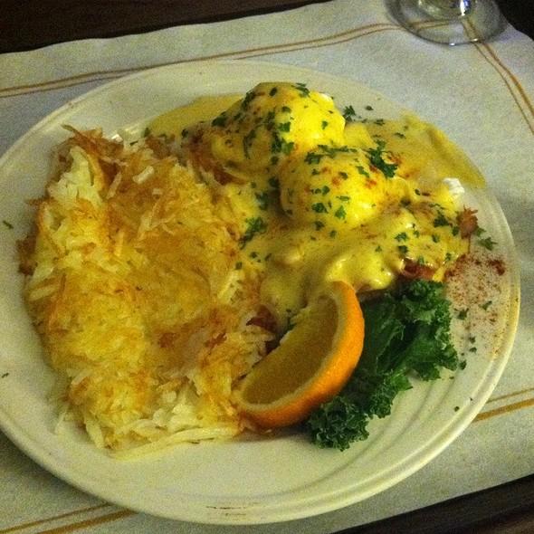 Bluegrass Benedict  - RIVUE Restaurant and Lounge, Louisville, KY