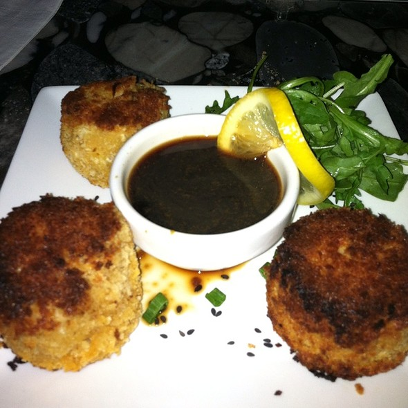 G.O.O.F. Balls (Crab Cakes) @ Plonk! Beer & Wine Bistro