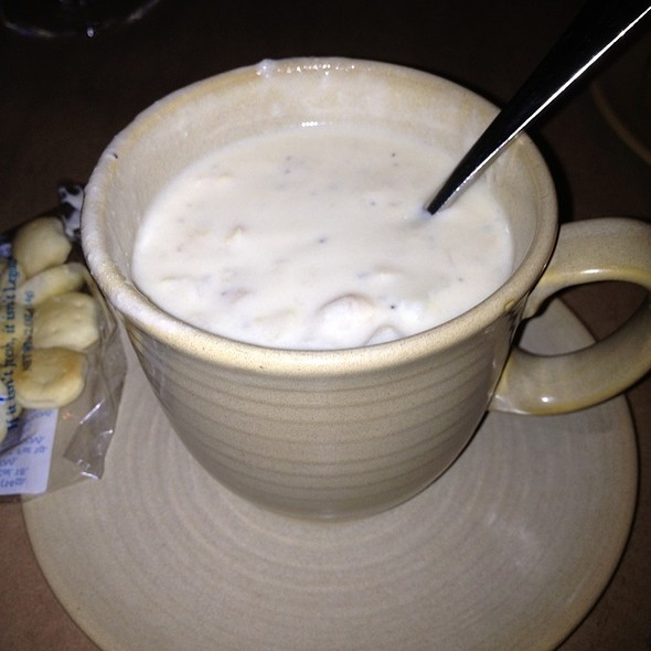 New England Clam Chowder @ Legal Seafood Harborside