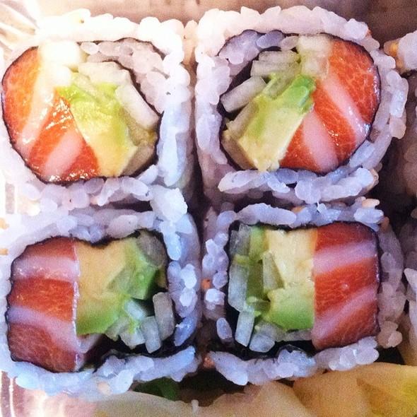 Alaska Roll @ Yo Sushi