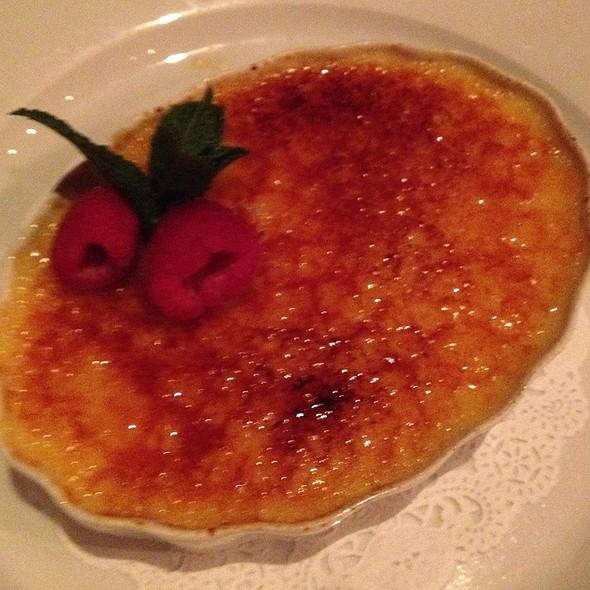 Creme Brulee @ Restaurant Orsay