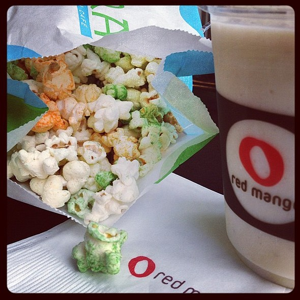 4 seasons popcorn of chimera and banana smoothies of red mango. dinner at the movies with the avengers  photography iechats find #sharefood #dinner #snack #popcorn #yogurt #smoothies #health #instagram #iphoneography #itsmorefuninthephilippines