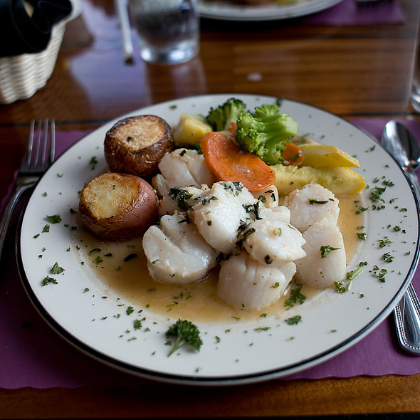 Jumbo Scallops @ Dinky's Waterfront Restaurant