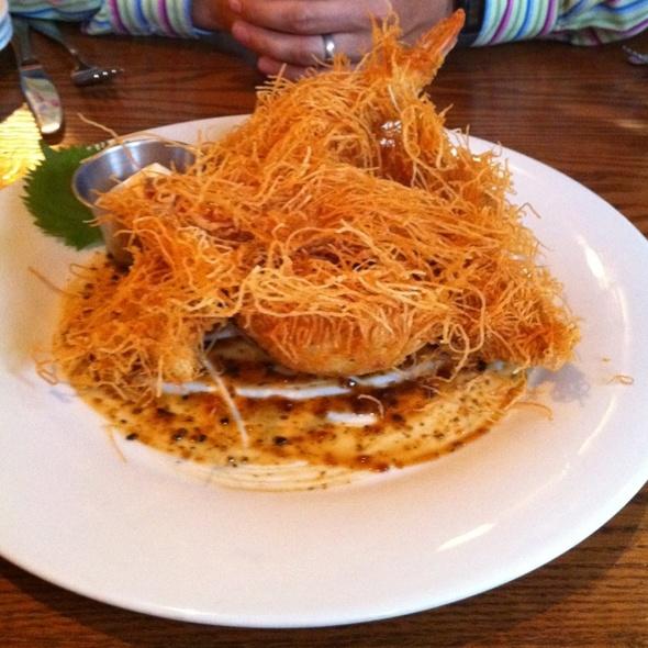 Wonton Crusted Tempura Prawns @ Catch Restaurant & Oyster Bar