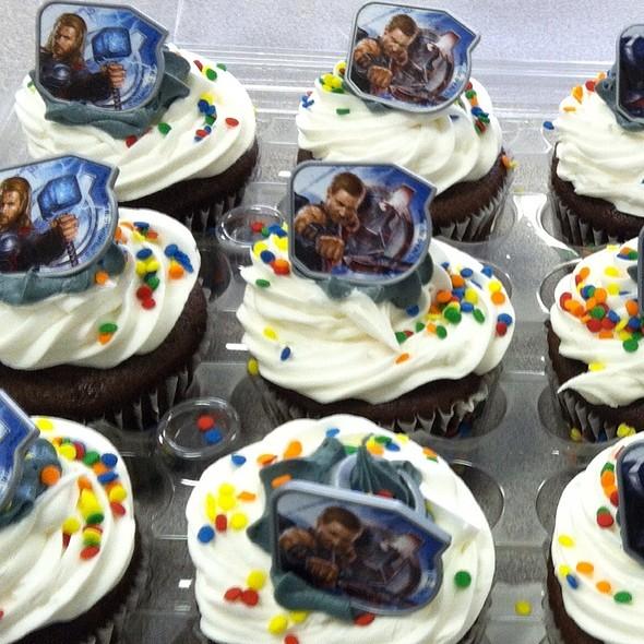 The Avengers Cupcake