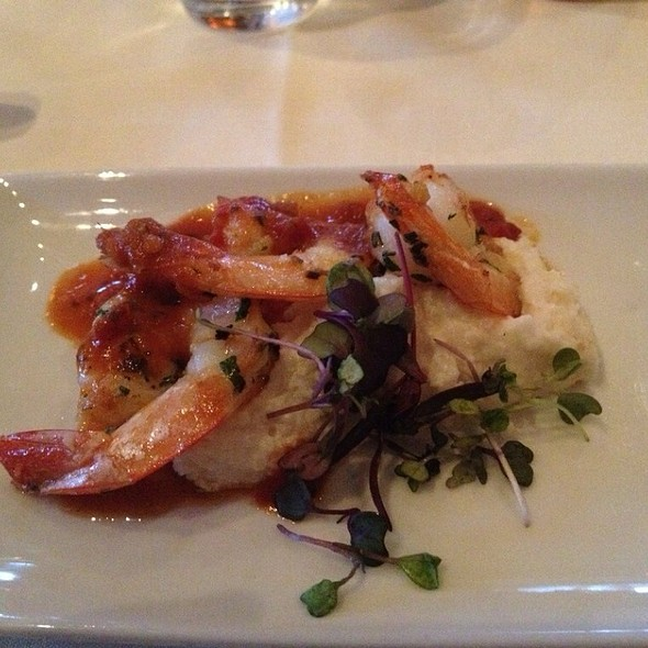 Shrimp and Grits @ Niche Restaurant
