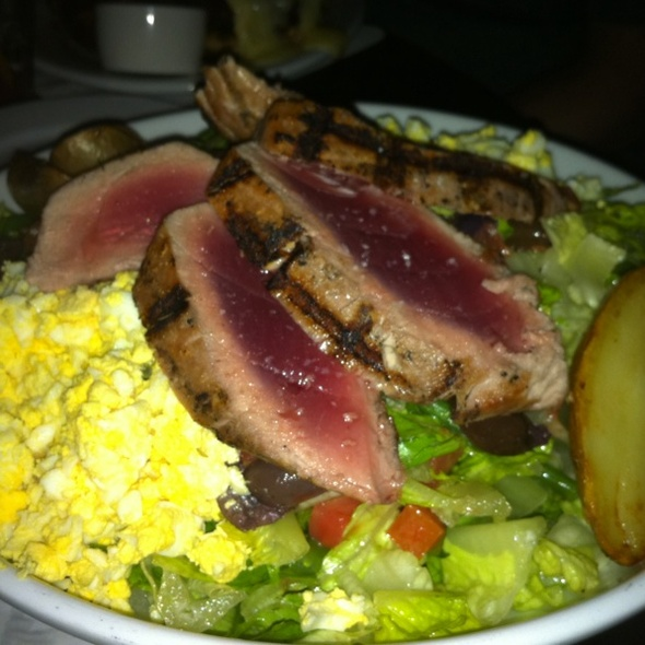 Ahi Tuna Salad @ Rockit Bar & Grill