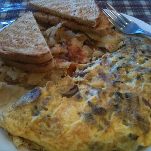 Wild Mushroom Omelete @ Vera's Country Cafe