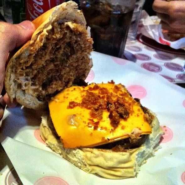 Chipotle Burger @ Barney's Burger