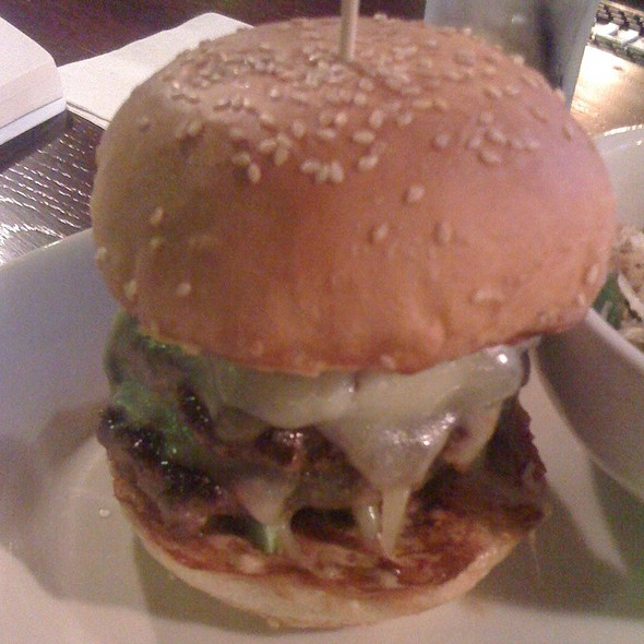 Bison Burger @ There Brookhaven