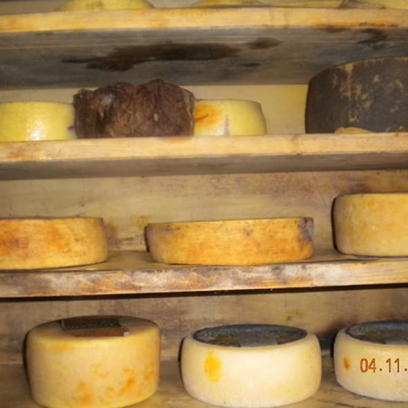 Cheese @ Marovelli Mauro Sandrino E C. S.N.C. - Caseificio
