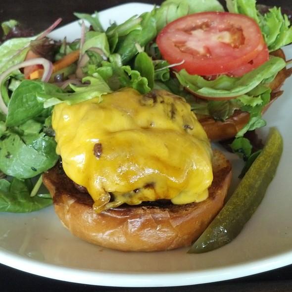 Cheeseburger @ Valenca Restaurant