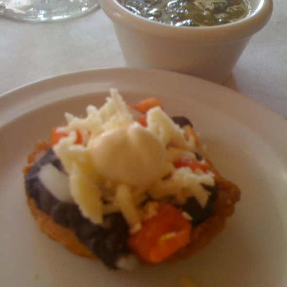 Aspirinas - De La Vega Restaurante Y Galeria, Deland, FL