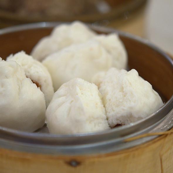BBQ Pork Bun (char siu bao) @ ABC Seafood Restaurant