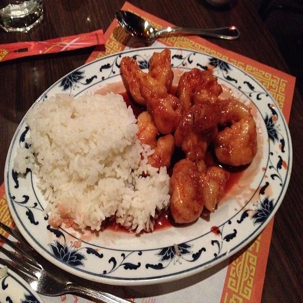 Crispy Peking Shrimp. Dammmm Straight! @ Chen Garden
