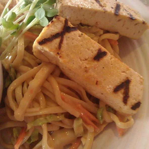 Thai Noodle Salad @ Mizuna Restaurant and Wine Bar