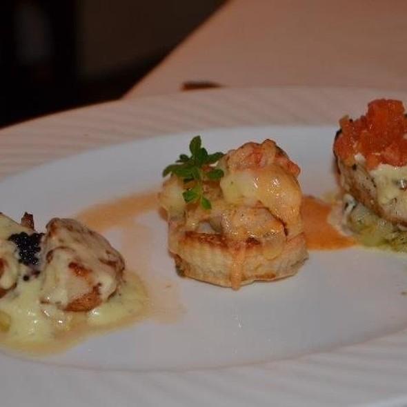 mixed seafood platter @ Antonio's