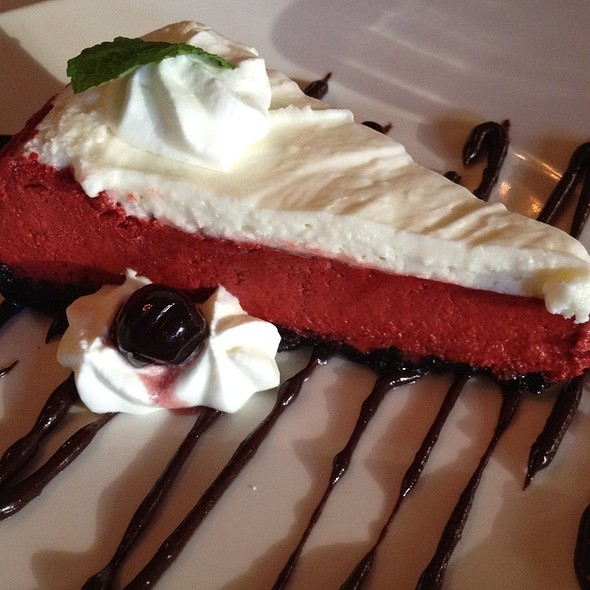 Red Velvet Cheesecake @ Muriel's Jackson Square