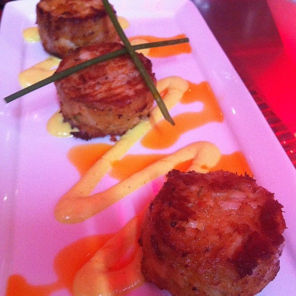 Crab Cakes @ Red Primesteak