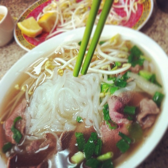 Pho With Rare Beef @ Hung Vuong Saigon