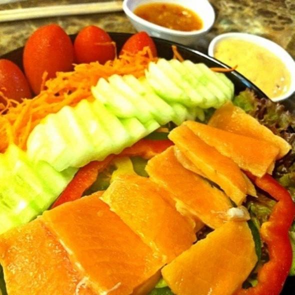 Fresh Salmon Salad @ Something Healthy