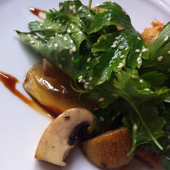 Cogumelos Paris Com Verduras E Geleia @ Restaurante Pedro E O Lobo