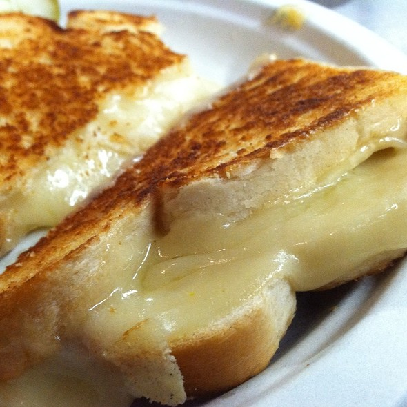 Grilled Cheese Sandwich @ Mars' Cheese Castle