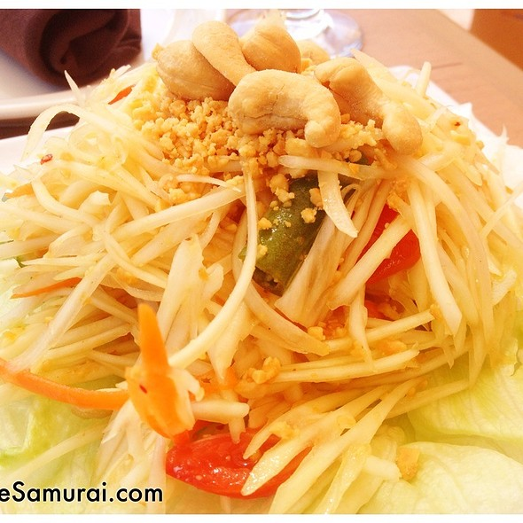 Papaya Salad @ D Thai