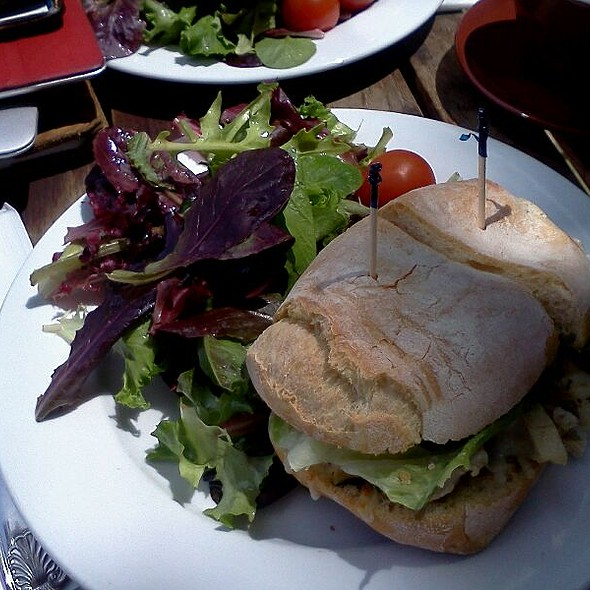 Pesto Chicken Toasted Sandwich @ Epicenter Cafe