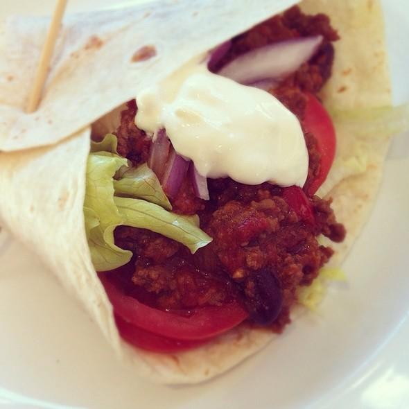 Burrito With Chilli Con Carne @ Gasworks Cafe / Priscilla Jones