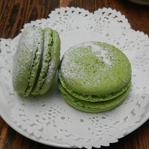 Macarons @ Chapels On Whatley