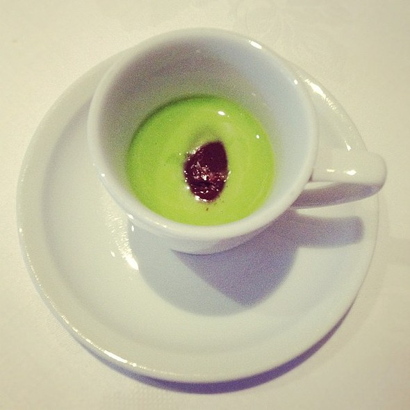 chilled pea soup with chocolate sorbet @ Tetsuya's Restaurant