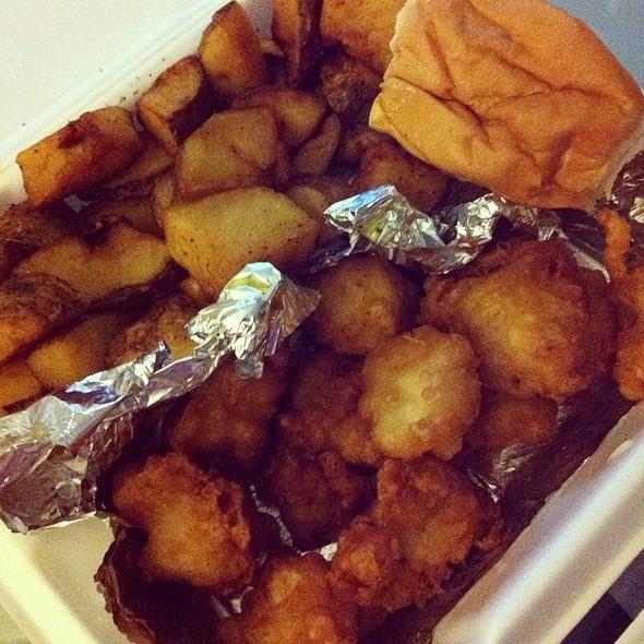 Tender Chicken Bites @ Chicken Shack