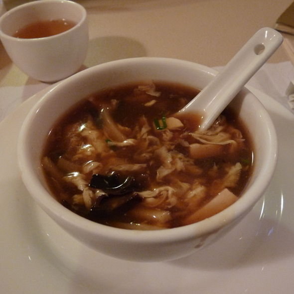 Hot and Sour Soup @ Sun's Chinese Cuisine