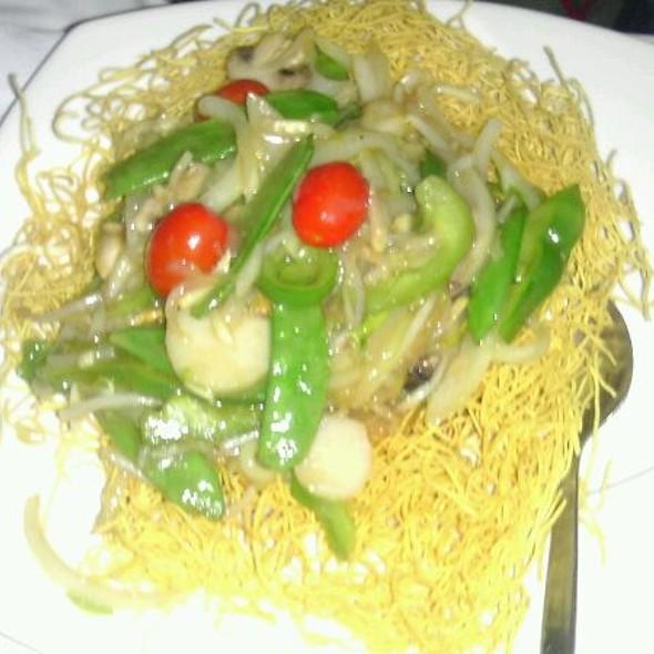 Vegetarian Hong Kong Noodle @ Golden Temple