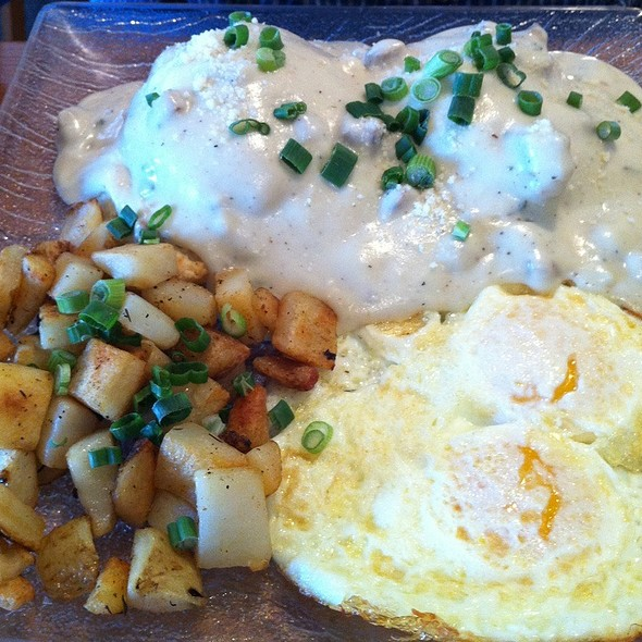 Biscuits and Gravy @ Benedict's Egg And More