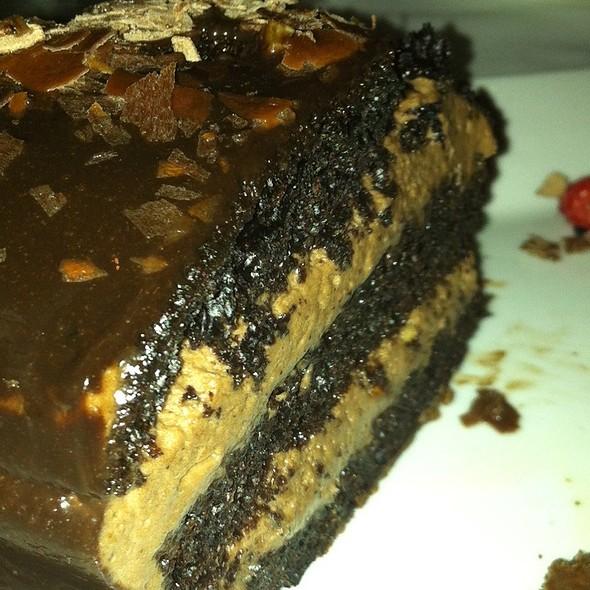 Chocolate Cake - Rib n Reef Steakhouse, Montréal, QC