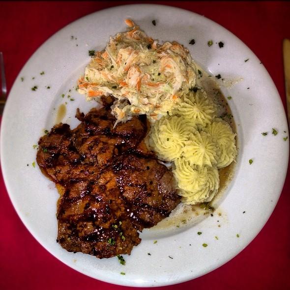 Solomo A La Parrilla  @ La Dulce Esquina Restaurant