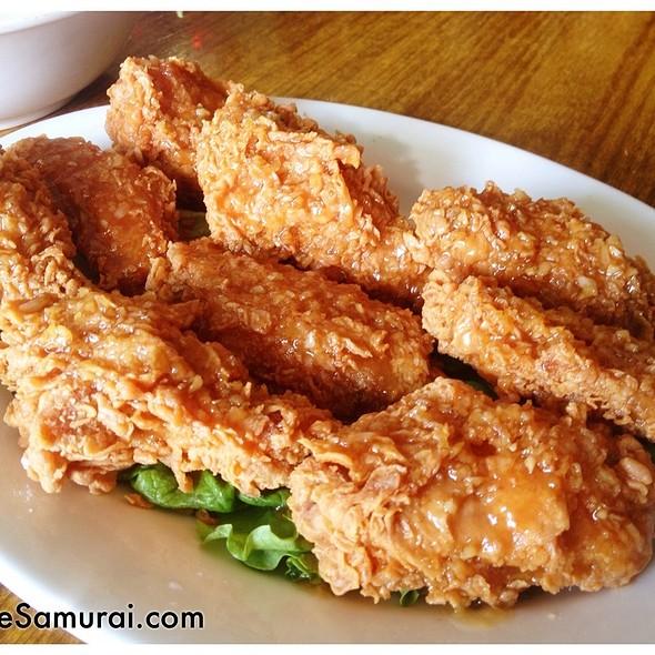 Tempura Chicken Wings @ Vietnam Restaurant